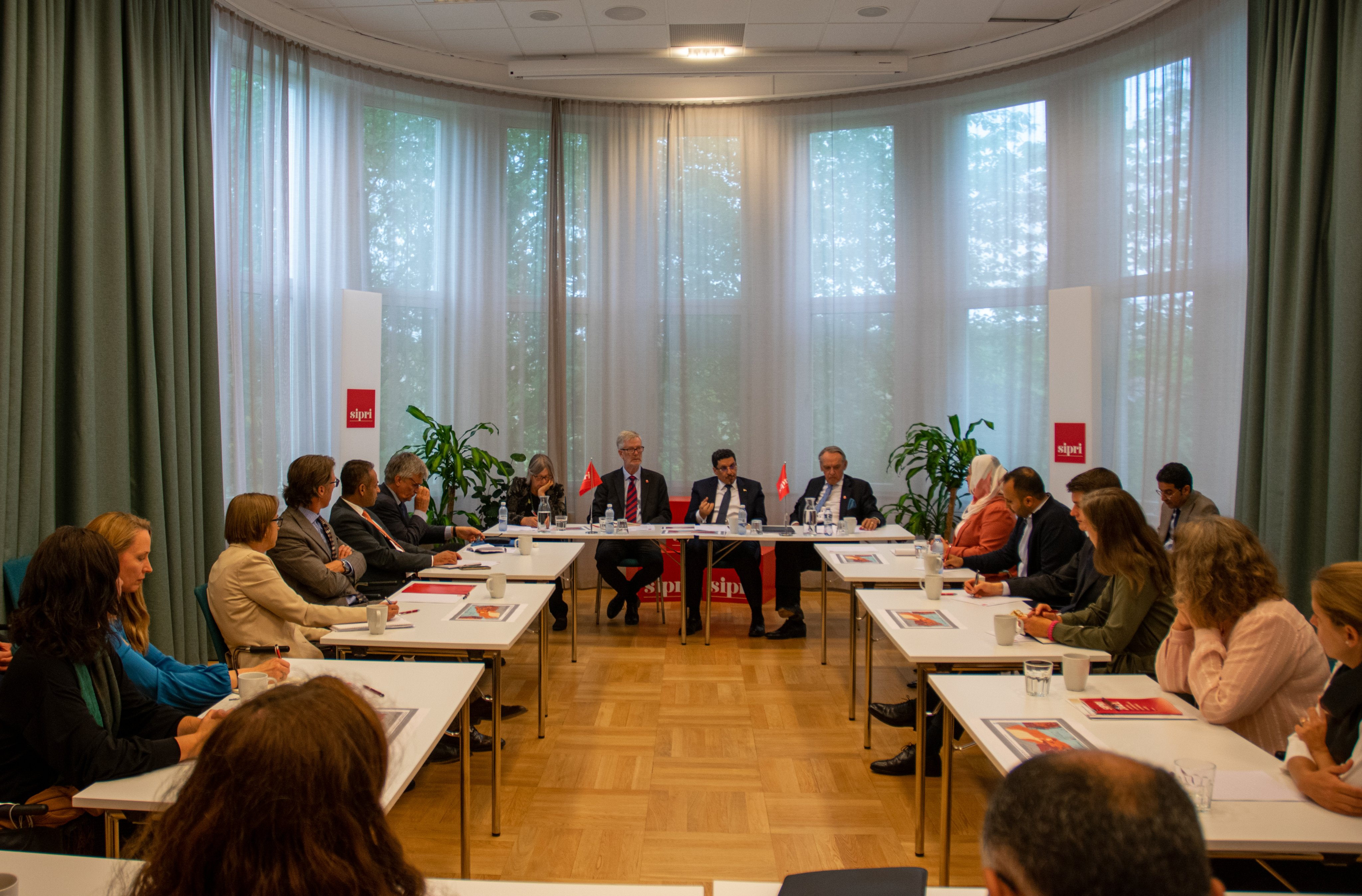 SIPRI hosted an expert roundtable discussion with Yemen FM
